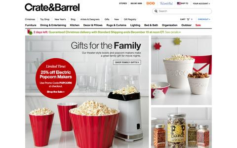 Screenshot of Home Page crateandbarrel.com - Furniture, Home Decor and Wedding Registry | Crate and Barrel - captured Dec. 17, 2015