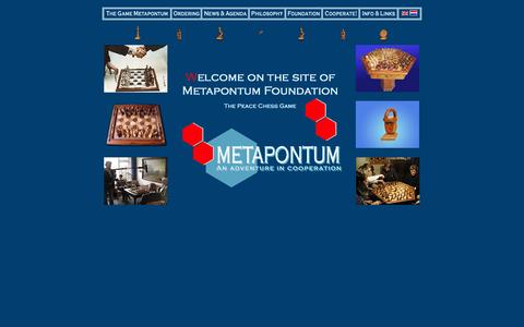 Screenshot of Home Page metapontum.nl - Metapontum Peace Chess cooperative chess game - captured Oct. 6, 2014
