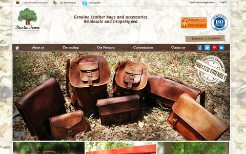 Screenshot of Home Page rustictown.com - Wholesale Leather Bags - captured Sept. 24, 2014