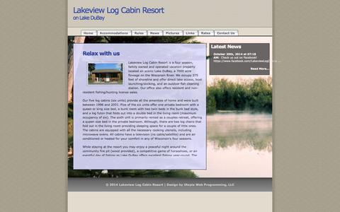 Screenshot of Home Page lakeviewlogcabin.com - Lakeview Log Cabin Resort - captured June 16, 2016