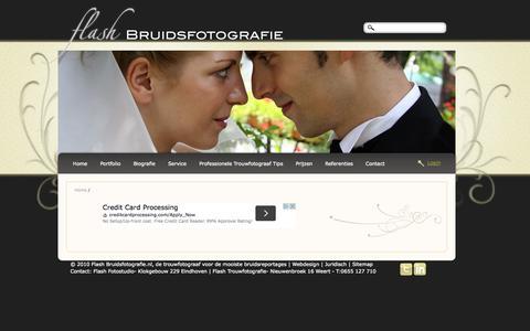 Screenshot of Login Page flashbruidsfotografie.nl - Bruidsfotografie Flash Huwelijksfotografie Foto's Trouwen @ Weert Limburg - captured Sept. 26, 2014