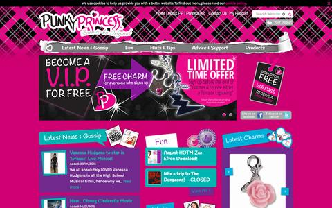 Screenshot of Home Page punkyprincess.com - Online Clubs for Girls |  Punky Princess - captured Sept. 30, 2015