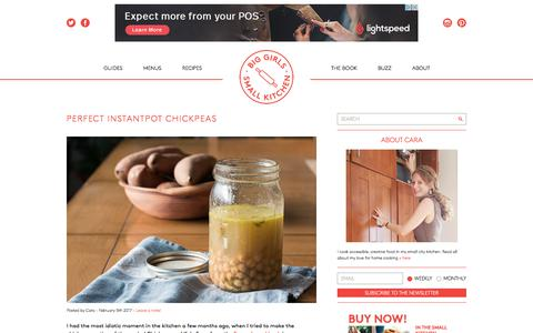 Screenshot of Home Page biggirlssmallkitchen.com - Big Girls Small Kitchen - A guide to quarterlife cooking - captured June 1, 2017