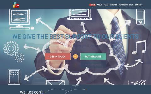 Screenshot of Team Page ivdisplays.com - IVDisplays   Web Based Application Development Company - captured Oct. 8, 2014
