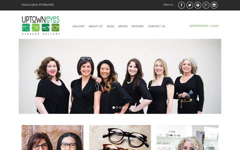 Screenshot of Home Page uptowneyesnwa.com - Fayetteville, AR Eye Care Professionals - Uptown Eyes - captured Sept. 5, 2015