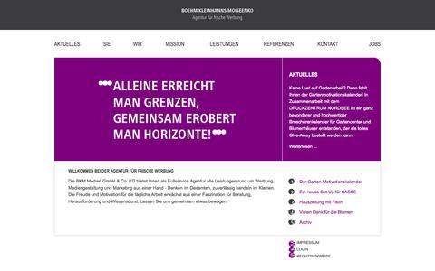 Screenshot of Home Page bkm-medien.de - Aktuelles - BOEHM.KLEINHANNS.MOISEENKO - Agentur für frische Werbung - Bremerhaven - captured Oct. 4, 2014