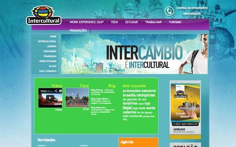 Screenshot of Home Page intercultural.com.br - Intercultural -  - Intercâmbio no Exterior, Estudo, Trabalho, Cursos, Work Experience, High School, Au Pair, Férias Disney, Curso de Idiomas, Job Fairs - captured Jan. 26, 2015