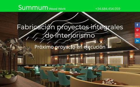Screenshot of Home Page summumwoodwork.com - Summum Wood Work Fabricación proyectos integrales de interiorismo - captured Oct. 18, 2018