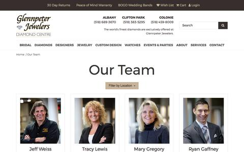 Screenshot of Team Page glennpeterjewelers.com - Glennpeter Jewelers:  Our Team - captured Aug. 5, 2017
