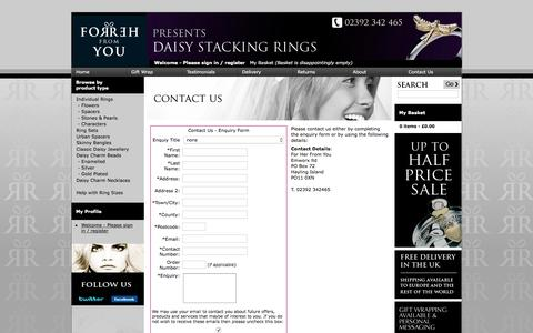 Screenshot of Contact Page daisy-stacking-rings.co.uk - Daisy Jewellery Stacking Rings - Contact Us - captured April 20, 2016
