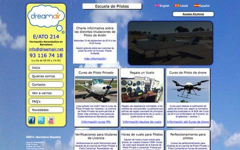 Screenshot of Home Page dreamair.net - Curso de piloto privado de avión en Barcelona - DREAMAIR - captured Sept. 30, 2014