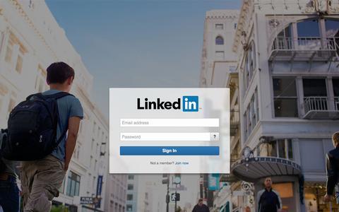 Screenshot of Login Page linkedin.com - Sign In | LinkedIn - captured July 14, 2016