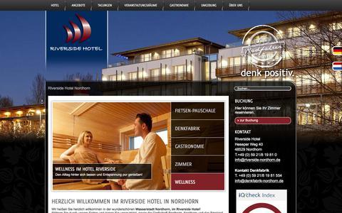 Screenshot of Home Page riverside-nordhorn.de - Riverside Hotel Nordhorn | denk positiv. - captured Sept. 25, 2018