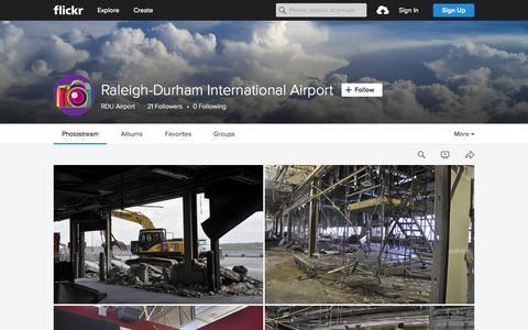 Screenshot of Flickr Page flickr.com - Raleigh-Durham International Airport | Flickr - Photo Sharing! - captured Oct. 2, 2015