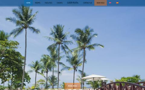 Screenshot of Home Page crocscasinoresort.com - Luxury Beach Front Hotel in Jacó Beach Costa Rica | Croc's Casino Resort - captured May 23, 2017