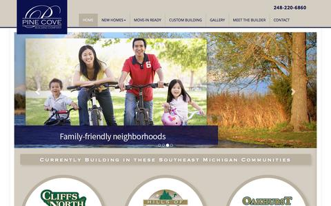 Screenshot of Home Page pinecovebuilding.com - New Homes in Wixom MI & Commerce MI – Pine Cove Building Co. - captured Nov. 6, 2016