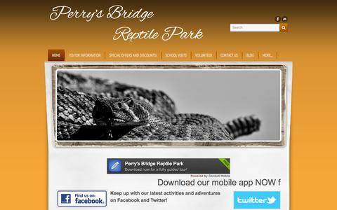 Screenshot of Home Page perrysbridgereptilepark.com - Perry's Bridge          Reptile Park - Hazyview Family Attraction - captured Sept. 26, 2014