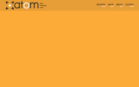 Screenshot of Home Page atom.com.gt - Atom - Guatemala :: Web design, development, branding & ux/ui - captured Oct. 5, 2014