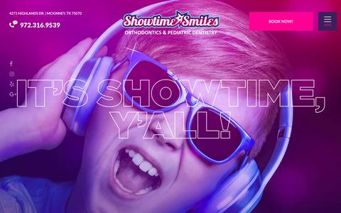 Screenshot of Home Page showtimesmiles.com - Orthodontist and Pediatric Dentist in McKinney | Showtime Smiles - captured Sept. 20, 2018