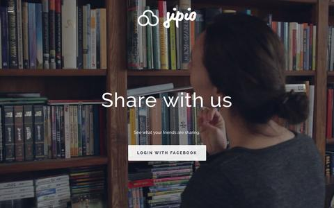 Screenshot of Home Page jipio.com - Share and trade stuff with friends | Books, toys and clothing - captured Sept. 30, 2014