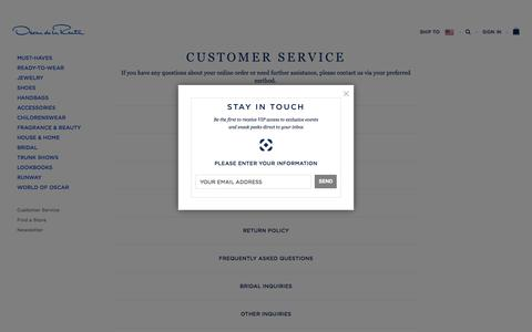 Screenshot of Contact Page oscardelarenta.com - Customer Service - captured Oct. 20, 2015