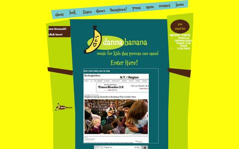 Screenshot of Home Page dannabanana.com - danna banana - captured Oct. 5, 2014