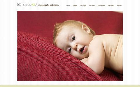 Screenshot of Home Page studio43.gr - Studio43 | Photography and more - captured Oct. 8, 2014