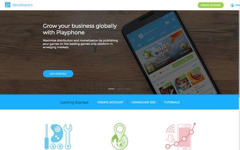 Screenshot of Login Page playphone.com - Playphone - captured Nov. 17, 2015