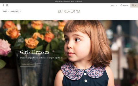 Screenshot of Home Page aravore.com - Aravore   Luxurious Baby and Children's Clothing and Gifts - captured July 30, 2018