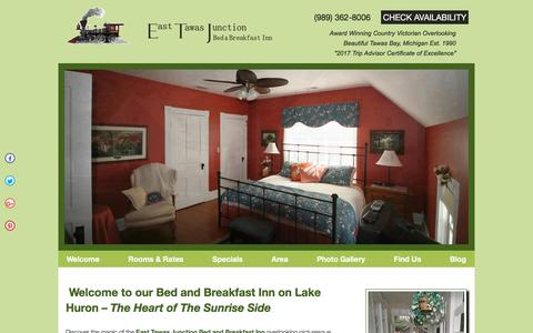 Screenshot of Home Page east-tawas.com - East Tawas Junction Bed and Breakfast Inn: Lake Huron Michigan - captured July 3, 2018