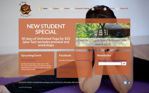 Screenshot of Home Page ompranayoga.com - Om Prana Yoga | Yoga in Parkville, MO - captured Oct. 6, 2014