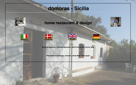 Screenshot of Home Page domoras.com - Pollina - Castelbuono Sicilia - design - knitwear - maglioni - håndstrik - Strickwaren - home restaurant - domoras - captured Aug. 8, 2018