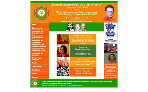 Screenshot of Home Page escuelainternacionaldeyoga.org - Escuela Internacional de Yoga Integral, Aurobindo Sivananda Ashram - captured June 4, 2016