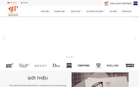 Screenshot of Home Page argroup.com.vn - Công ty Cổ Phần Tập Đoàn Mắt Kính Ánh Rạng - AR GROUP JSC. - captured Oct. 2, 2018