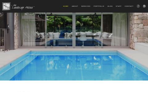Screenshot of Home Page outdoorestablishments.com - Landscape Sydney | Garden Design Sydney | Outdoor Establishments - captured Jan. 26, 2015