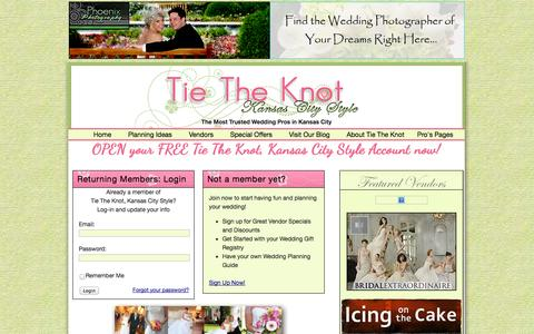 Screenshot of Signup Page Login Page tietheknotkc.com - Tie The Knot Kansas City Style Members Area - captured Oct. 26, 2014