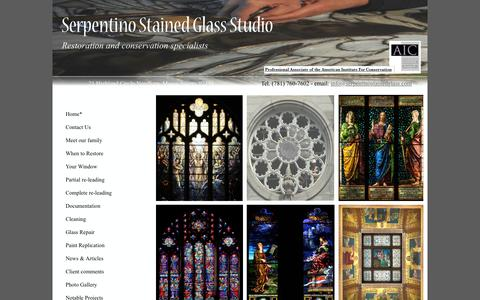 Screenshot of Home Page serpentinostainedglass.com captured Jan. 17, 2019