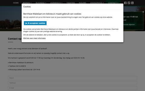 Screenshot of Contact Page bernheze.nl - Bernheze Makelaars   Heeft u een vraag omtrent onze diensten of ons aanbod? - captured Oct. 5, 2018