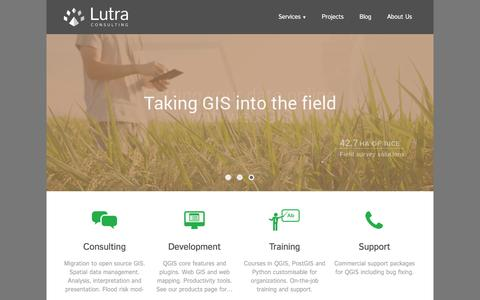 Screenshot of Home Page lutraconsulting.co.uk - Lutra Consulting - Lutra Consulting - captured Dec. 14, 2015
