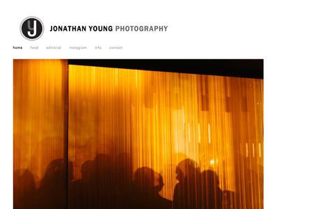 Screenshot of Home Page jonathanyoung.com - Jonathan Young Photography - captured Oct. 14, 2018