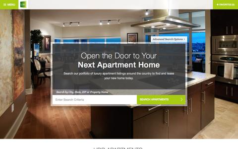 Screenshot of Home Page udr.com - Luxury Apartments for Rent | UDR Apartments - captured Aug. 2, 2015