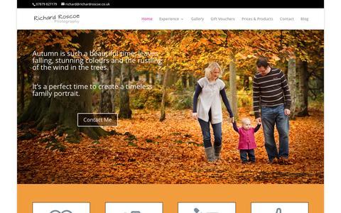 Screenshot of Home Page richardroscoe.co.uk - Berkhamsted Family Photographer - Berkhamsted Baby Photographer - captured Nov. 30, 2016