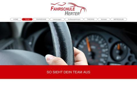 Screenshot of Team Page fahrschule-herter.de - Fahrschule Herter in Stuttgart - TEAM - captured June 12, 2018