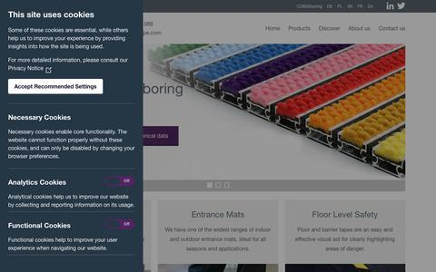 Screenshot of Home Page cobaeurope.com - Specialists In Anti-Fatigue Matting & Entrance Matting | COBA Europe - captured July 14, 2018