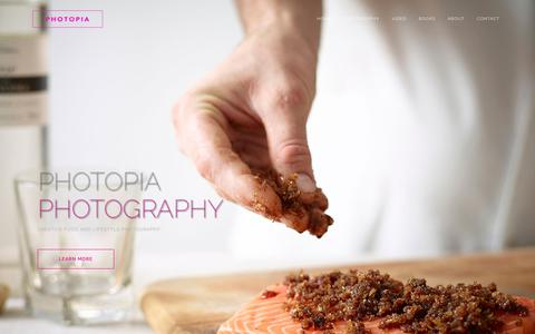 Screenshot of About Page photopiaphotography.co.uk - About Us | Photopia - captured Feb. 25, 2020