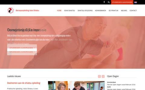 Screenshot of Home Page iokai.nl - Iokai Shiatsu Opleiding - vierjarige beroepsopleiding in deeltijd - captured Oct. 12, 2015