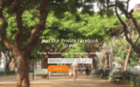 Screenshot of About Page socialmediaexplorer.com - About - Social Media Explorer - captured Oct. 2, 2017