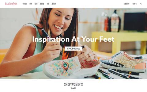 Screenshot of Home Page bucketfeet.com - BucketFeet   Artist Designed Footwear - captured Jan. 18, 2016