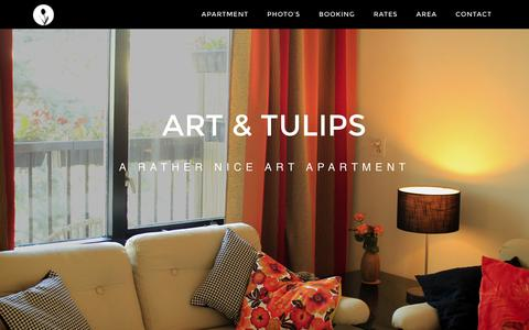 Screenshot of Home Page artandtulips.com - Art and Tulips, A rather Nice Amsterdam Holiday Apartment - captured Feb. 6, 2016