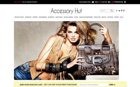 Screenshot of Home Page accessoryhut.com - Buy Fashion Accessories for Women Online | Women's Jewelry, Shoes, Handbags, Wallets, Scarves, Gloves, Belts, Watches, and Sunglasses for Sale | Accessory Hut - captured Dec. 23, 2015